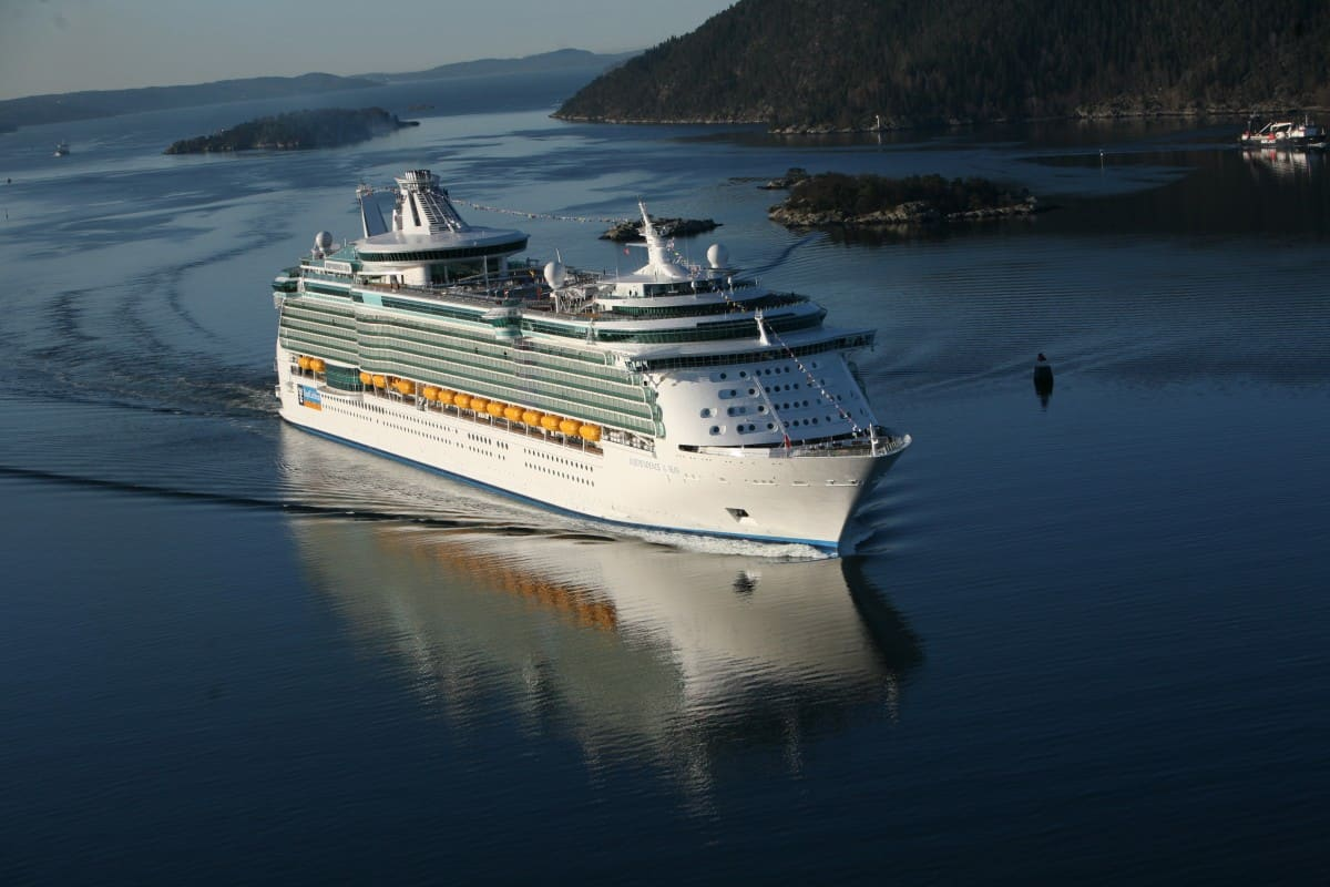 Independence of the Seas is to get a multi million pound make over www.cruisingkids.co.uk