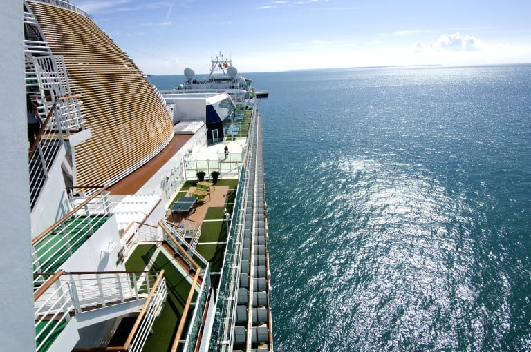 6 reasons a cruise makes a great family holiday www.cruisingkids.co.uk