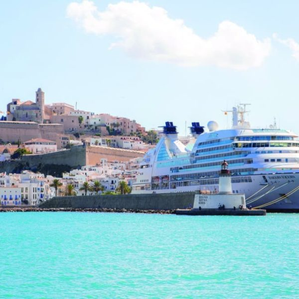 Cruise ship Ibiza Old Town - Ibiza for families