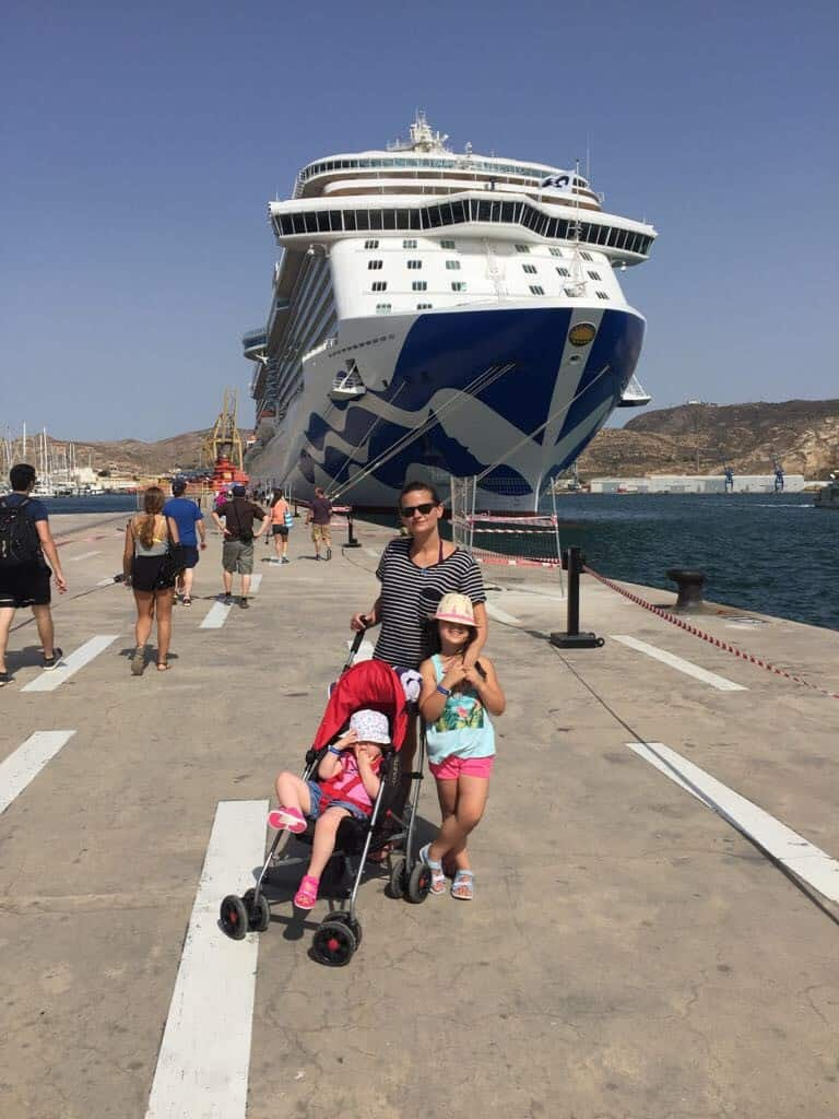 Princess Cruise Ship in Barcelona Port - and afternoon in Barcelona with kids