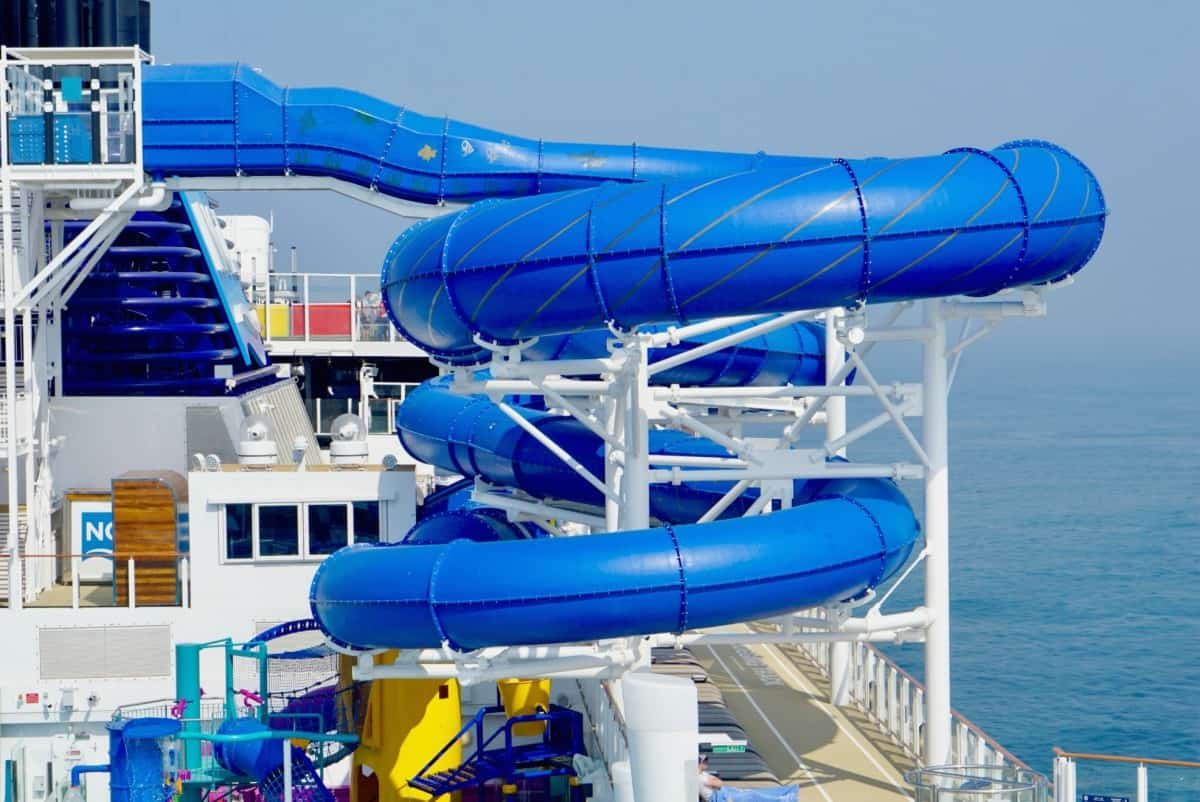 Water Slide on the Norwegian Bliss www.cruisingkids.co.uk