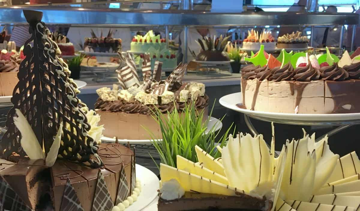 Cakes on the Celebrity Silhouette