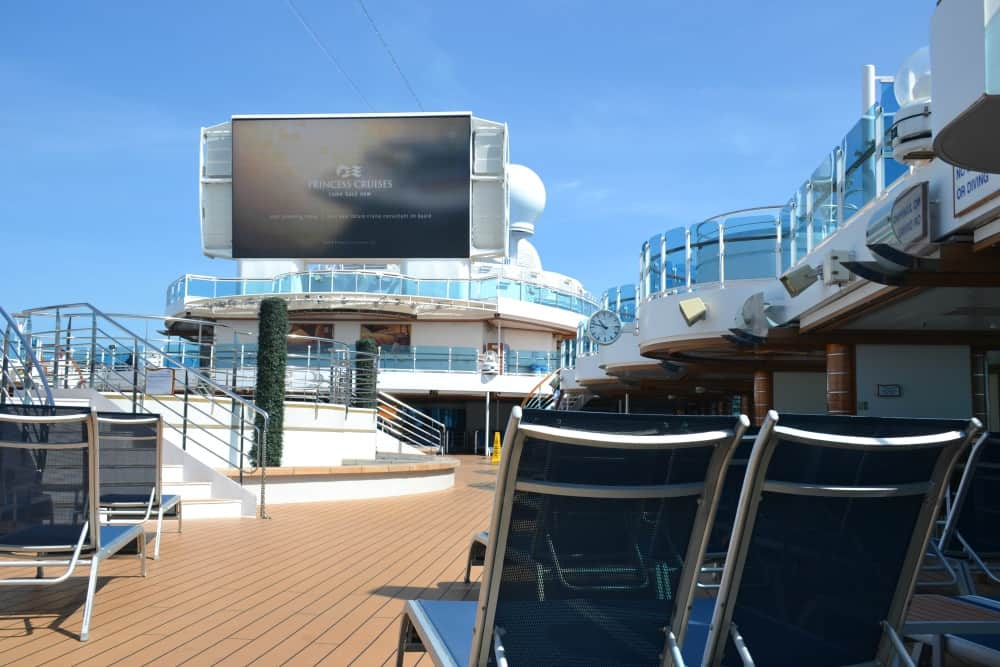 Movies Under The Stars screen Royal Princess - cruise ship for families