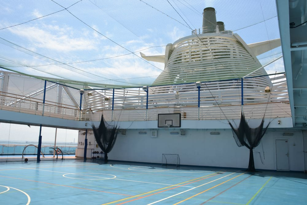 Sports court Royal Princess - cruise ship for families