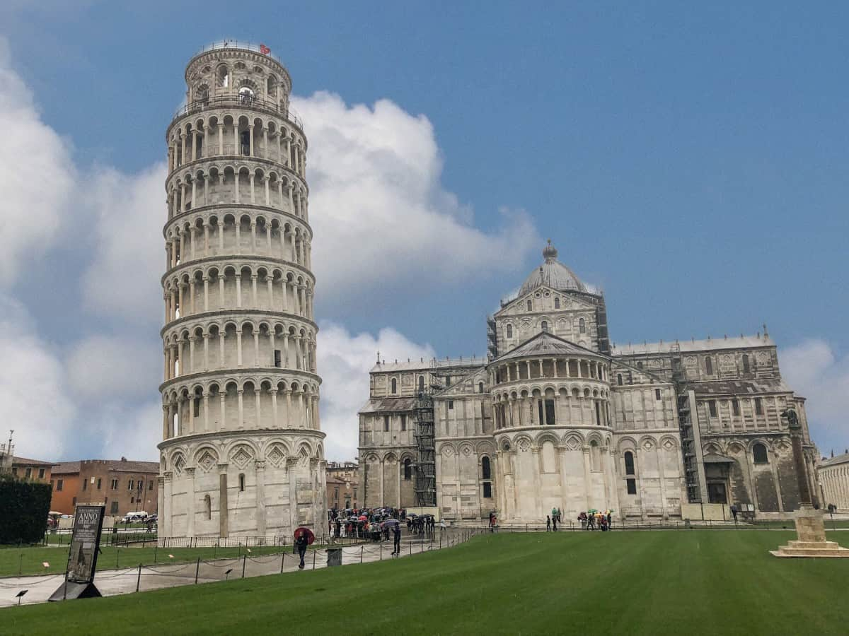 The Leaning Tower of Pisa in the Square of Miracles guide to la Spezia