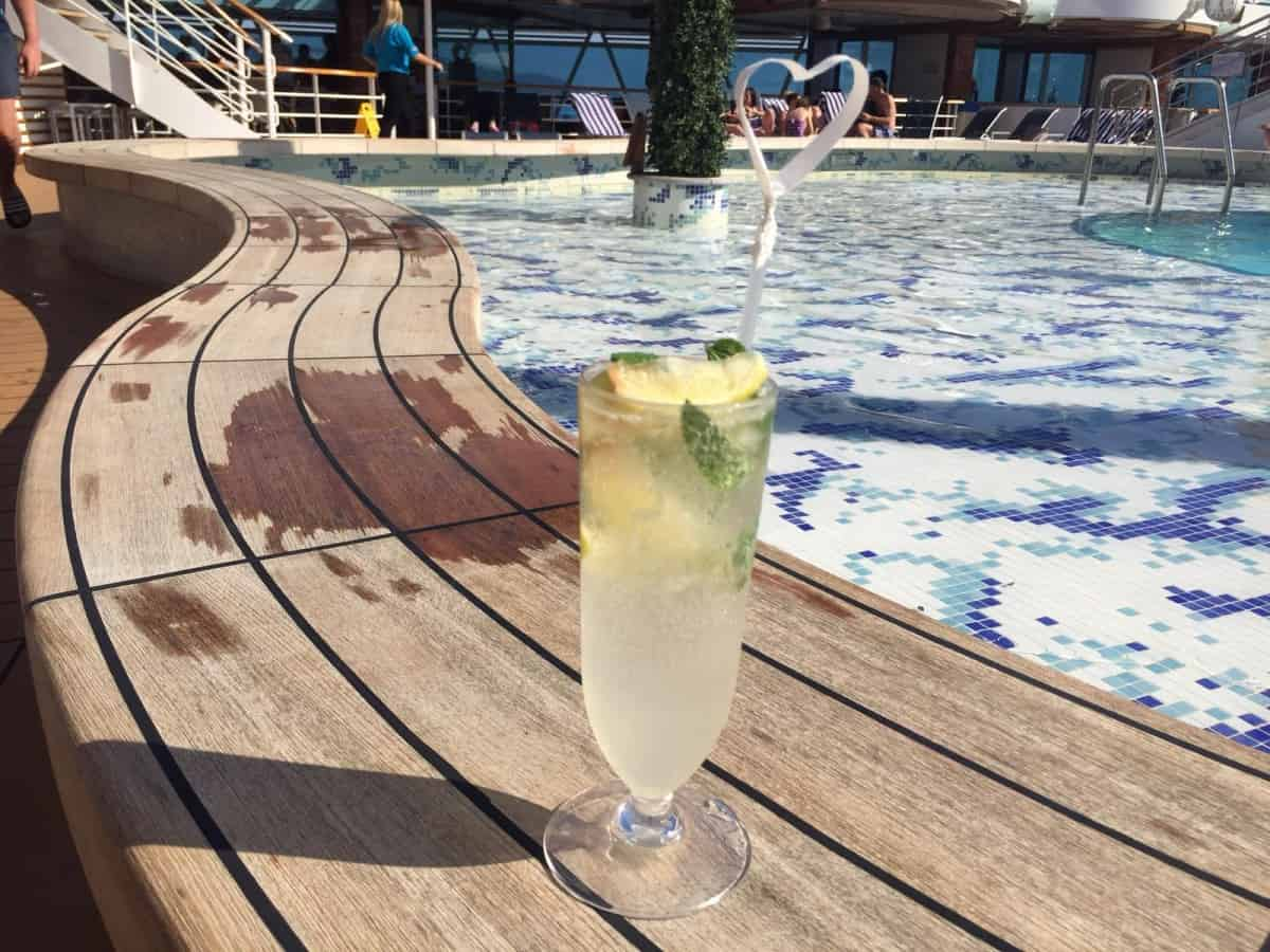 Cocktail - book a family cruise in the Caribbean this winter