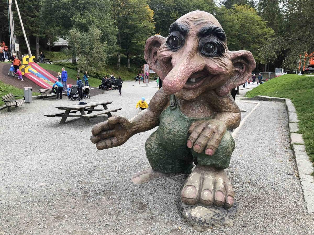 Troll at the top of Floyen
