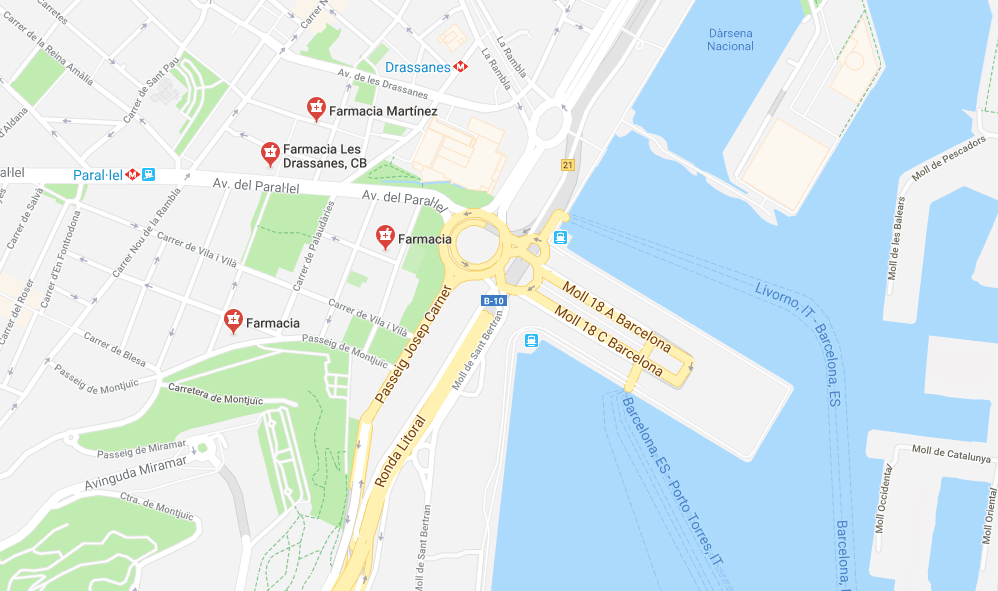 Pharmacies close to the port in Barcelona