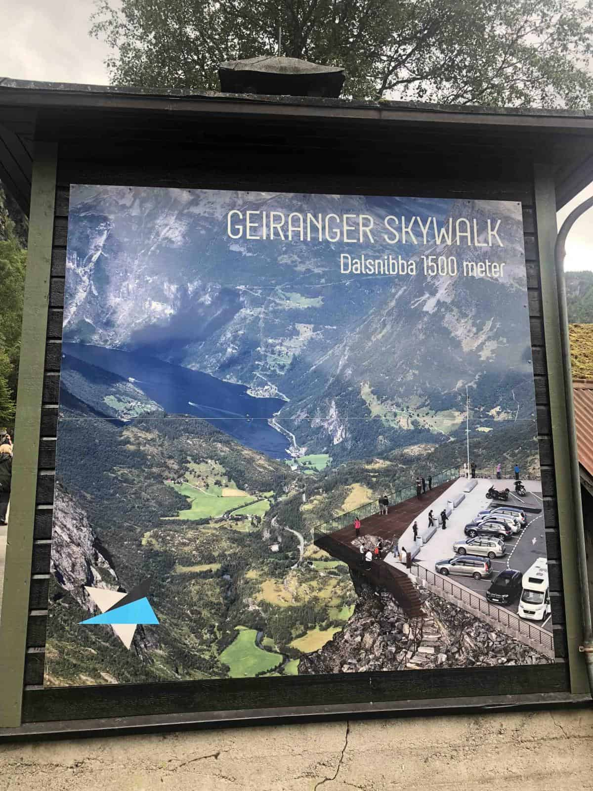 Geiranger Skywalk board