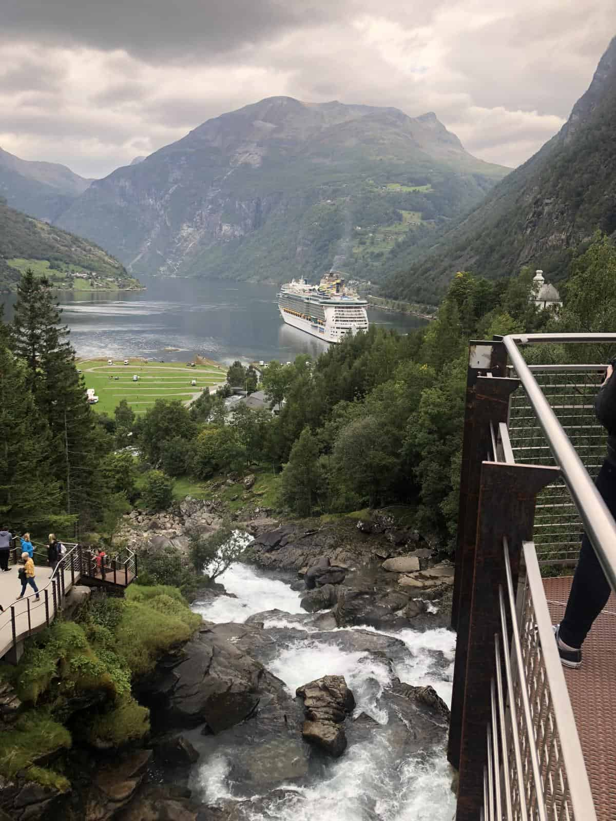 One of the easiest waterfalls in Geirangerfjord is the Fossevandring and it is a 10 minute walk from the port.