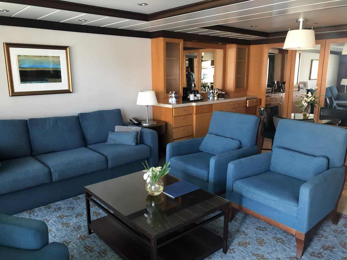 Owners suite on Oasis of the Seas room 240