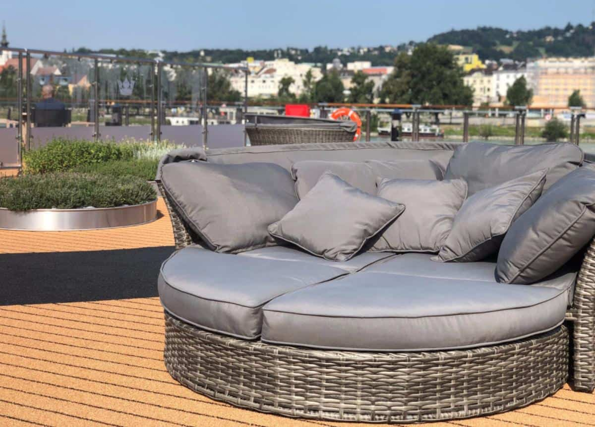 Day bed on AmaWaterways