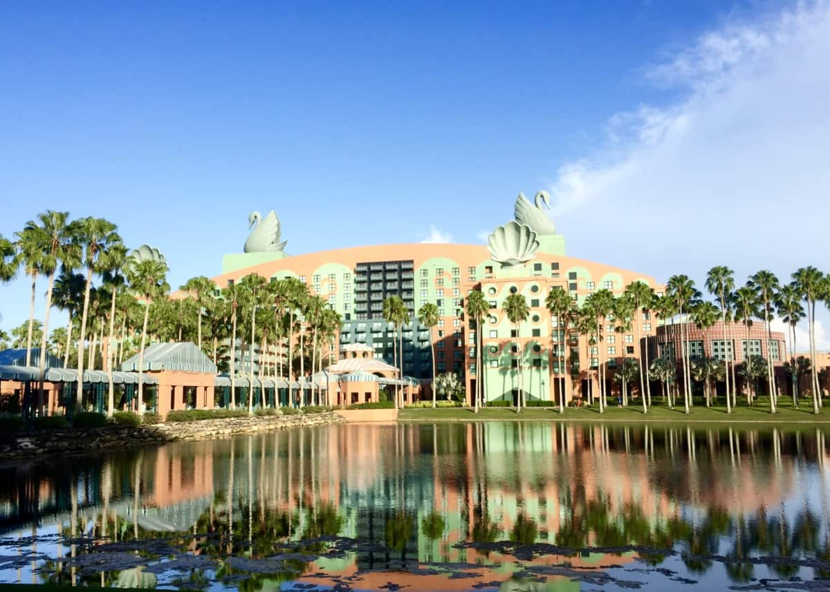 Disney Swan and Dolphin, Benefits of staying onsite