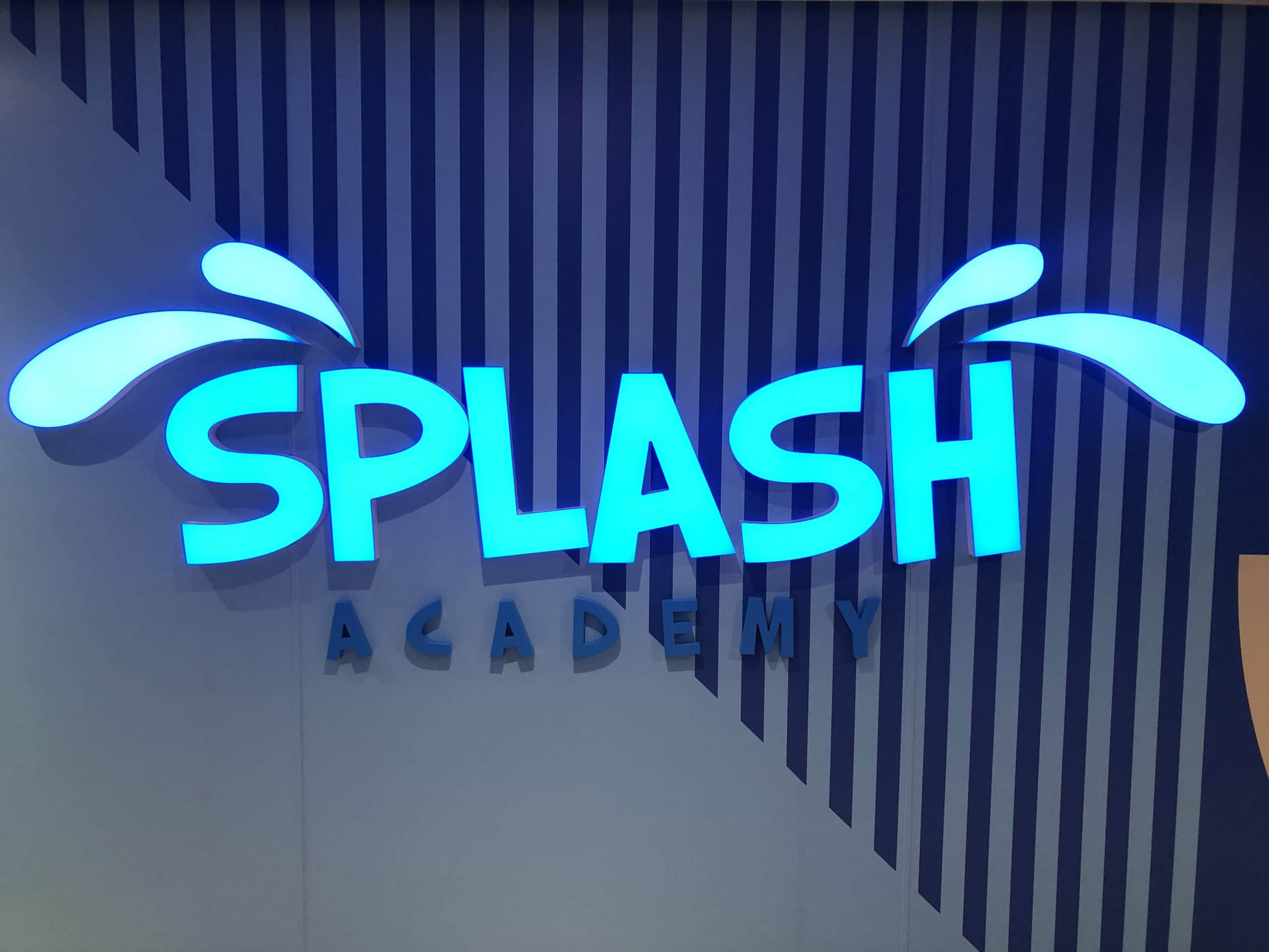 The Splash academy sign the Norwegian Encore